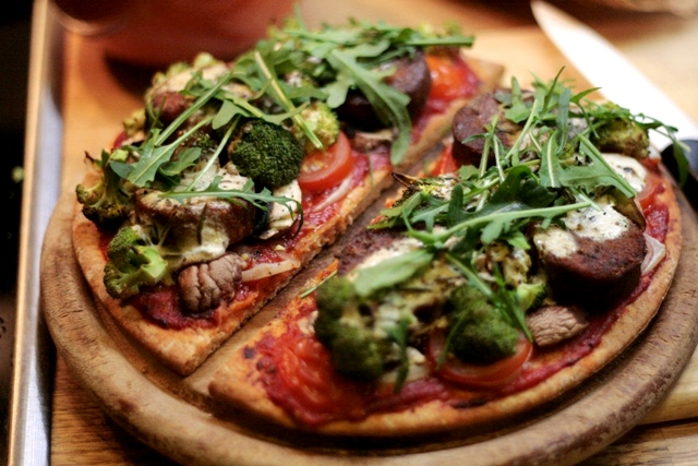 Falafel-Vollkornpizza